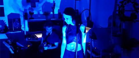 Ann'so M a repris la chanson hommage à Christophe : les mots bleus
